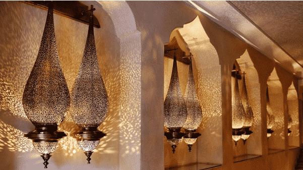 sejour dans un riad marocain les luminaires