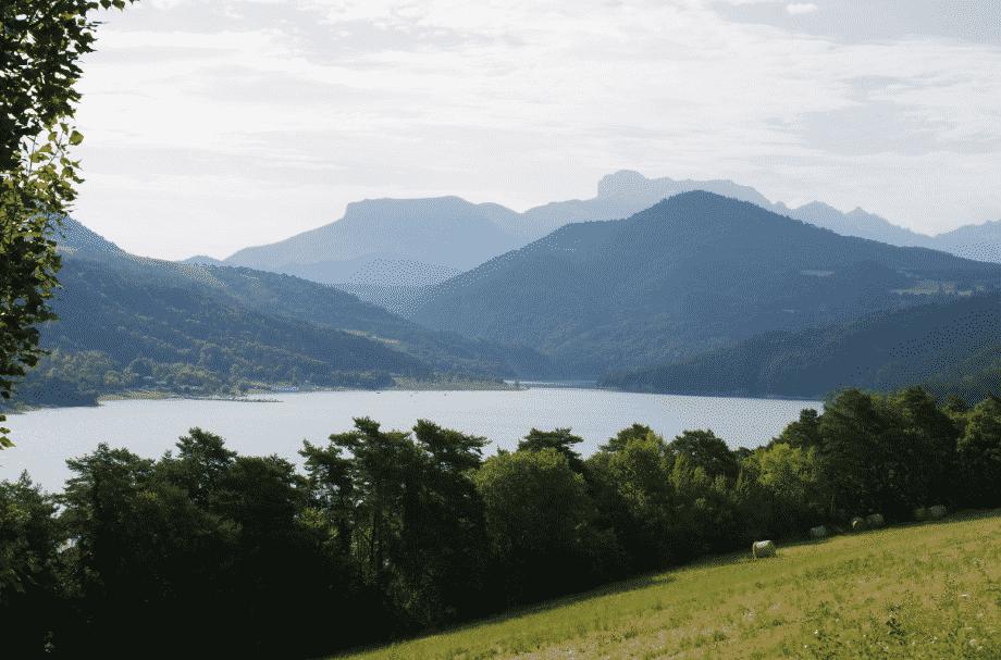 Découvrir l'Isère lac de Monteynard