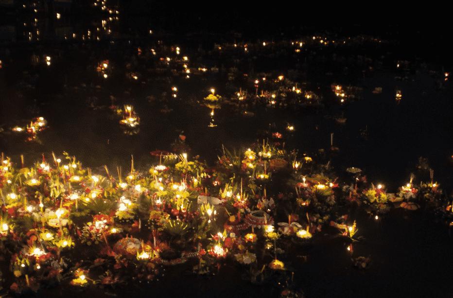 La fête des lumières et Loy Krathong Chiang Mail