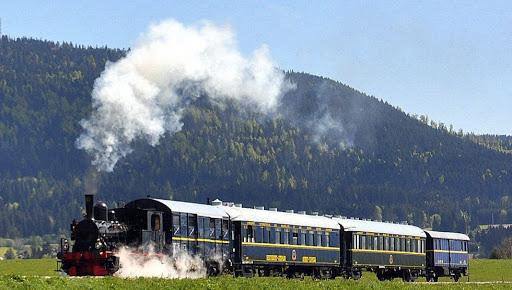Les trains à vapeur en France coni'fer
