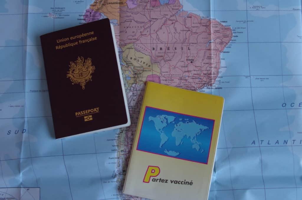 les préparatifs d'un voyage en famille au Brésil LES DOCUMENTS
