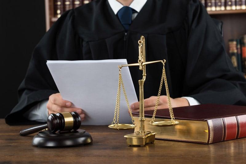 Notre projet tour du monde face à l'UNEDIC le rôle des avocats