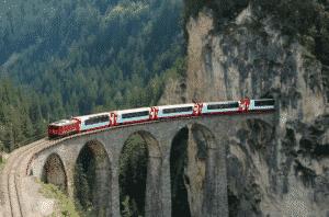 Les trajets en train autour du Monde L'Europe Le Gacier Express