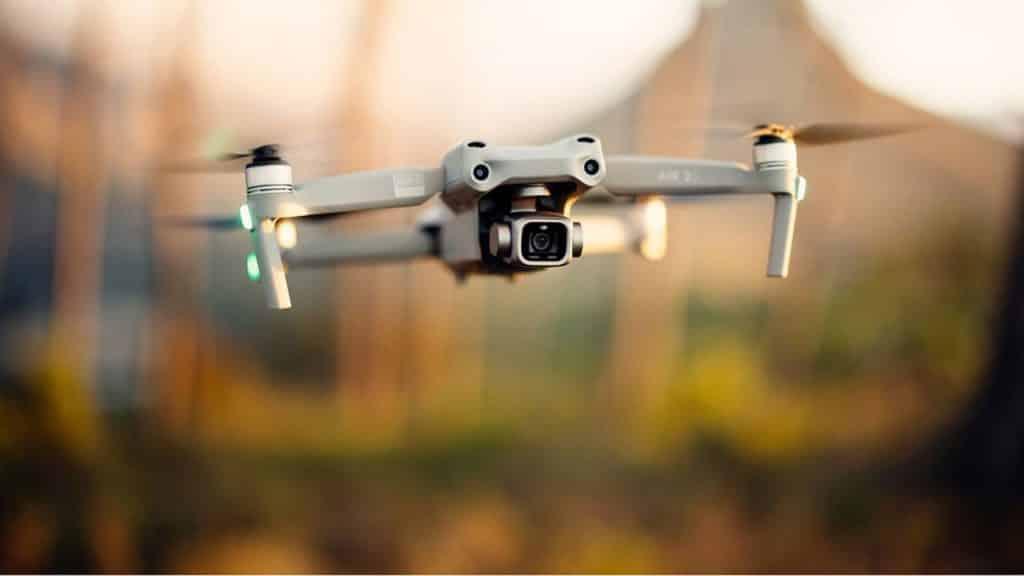 Vol avec un drone autour du monde