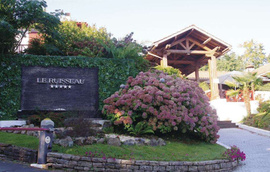 les lieux à voir dans les Pyrénées Atlantiques Camping le Ruisseau à Dinart